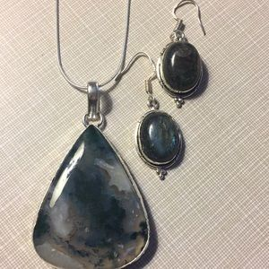 Huge moss Agate and labradorite set